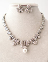 "The ""Cassandra"" Necklace Set"