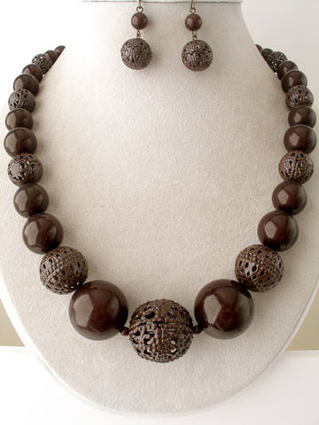 "The ""Lela"" Beaded Necklace Set"