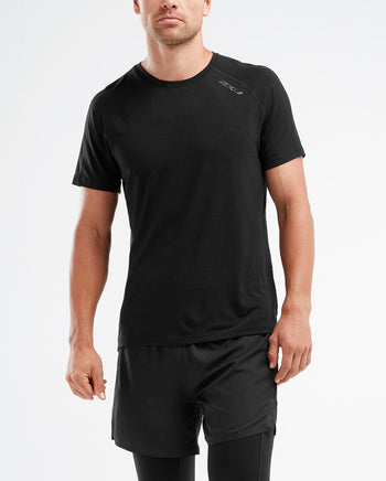2XU Men's HEAT Short Sleeve Run Tee : MR5262A