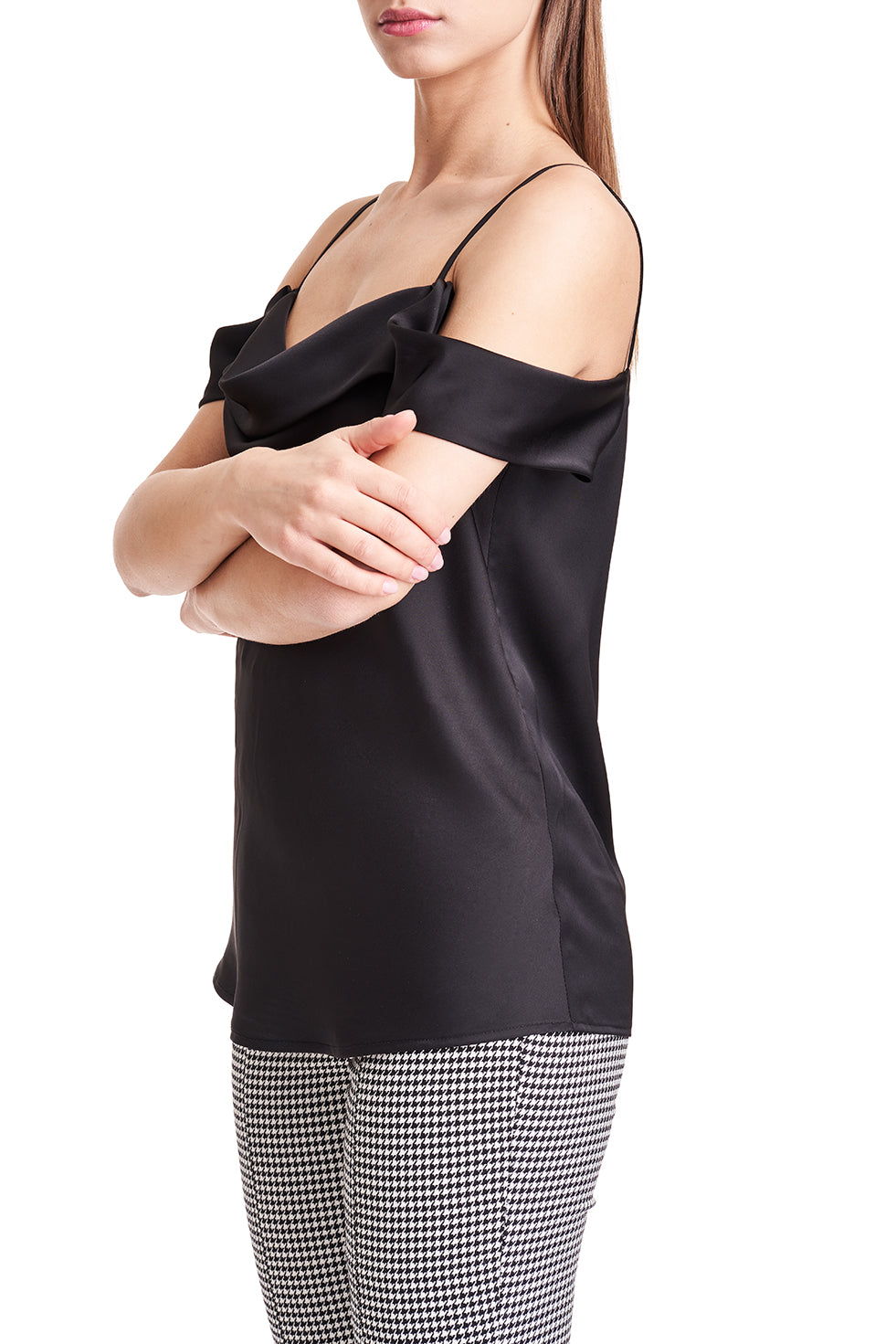 Leonie Black Dropped Sleeve Top
