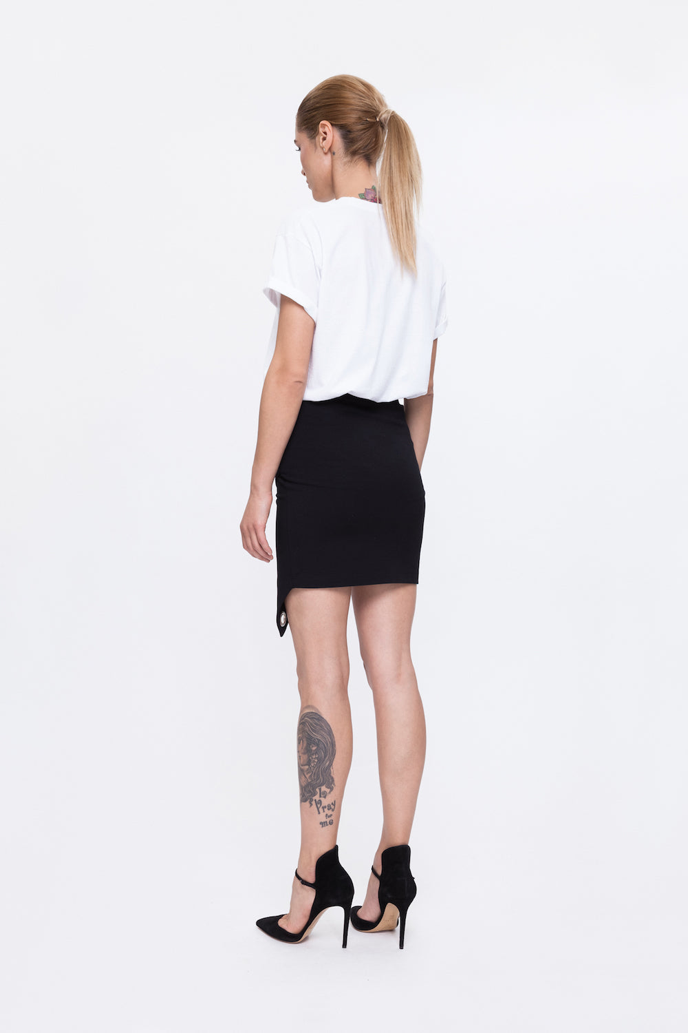 GALLA white t-shirt