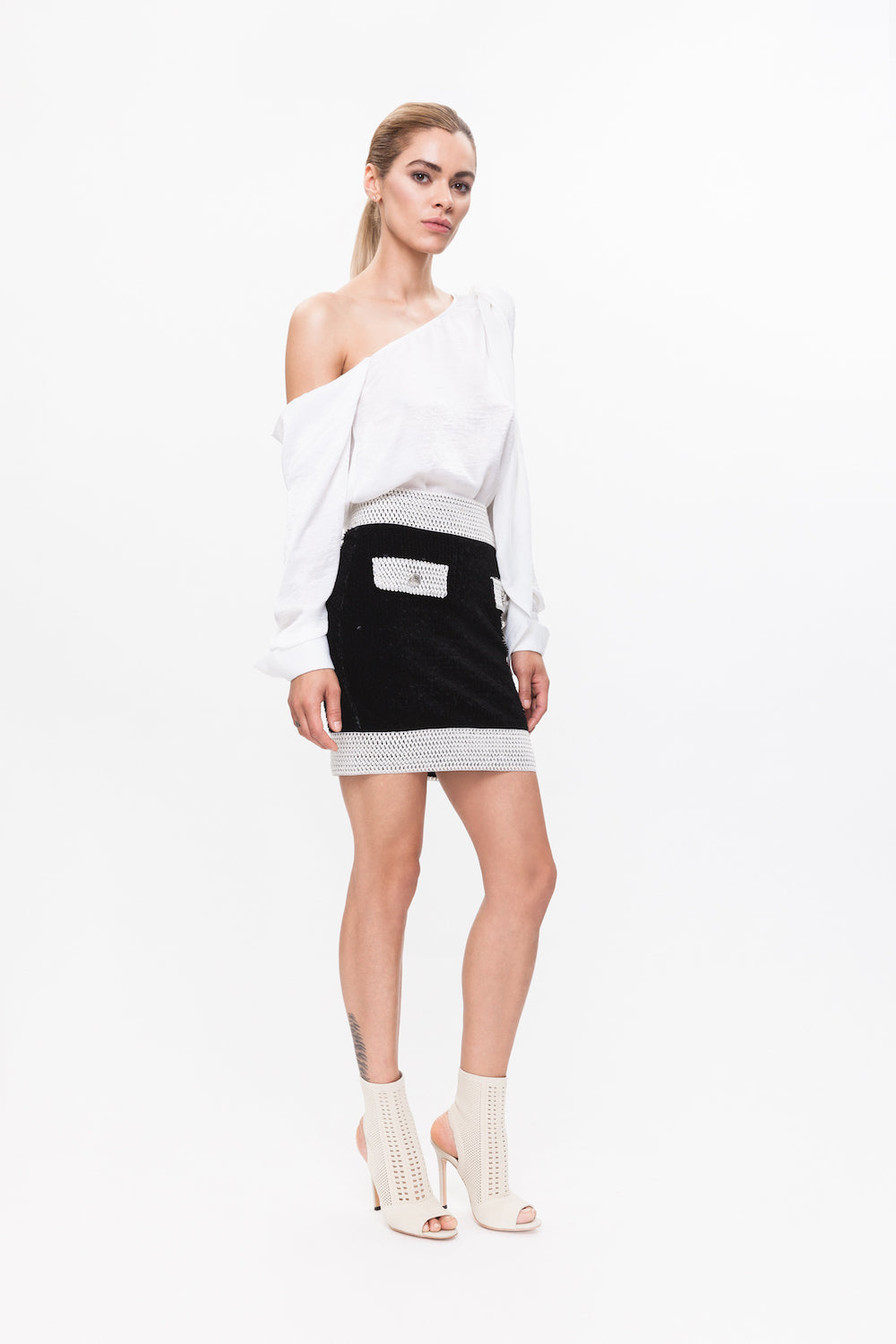 ZOEY black skirt