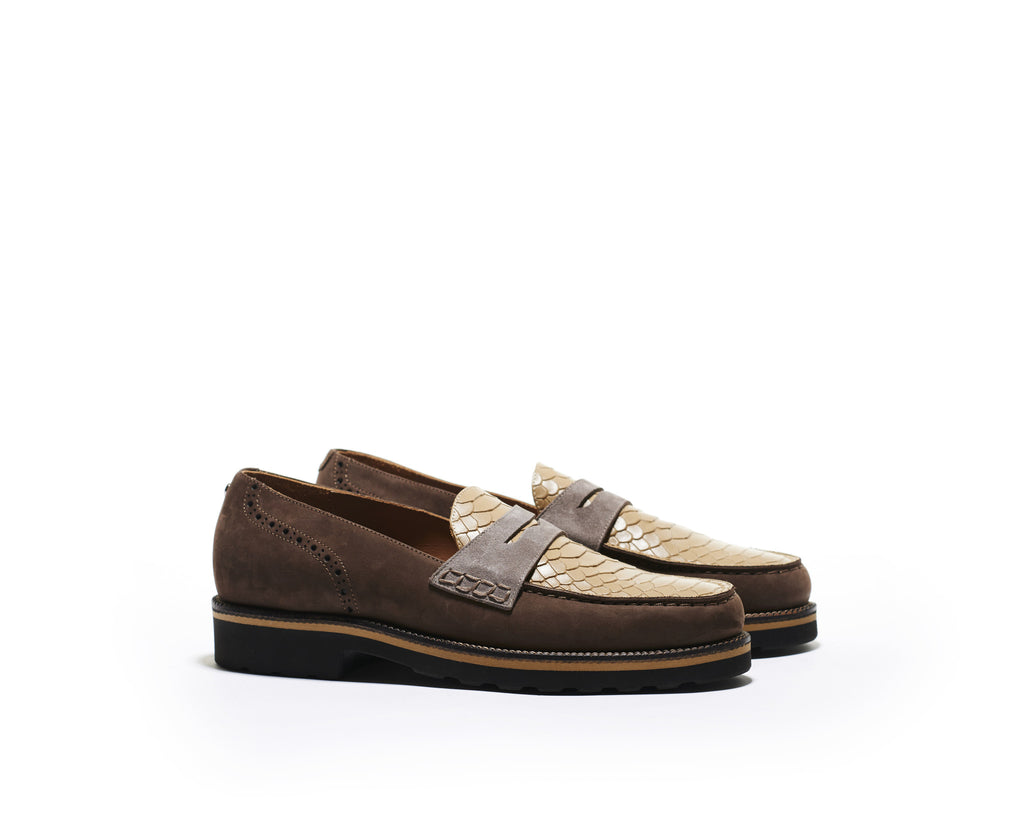 B1611015 - Penny Loafer men shoe (embossed) - Cappuccino