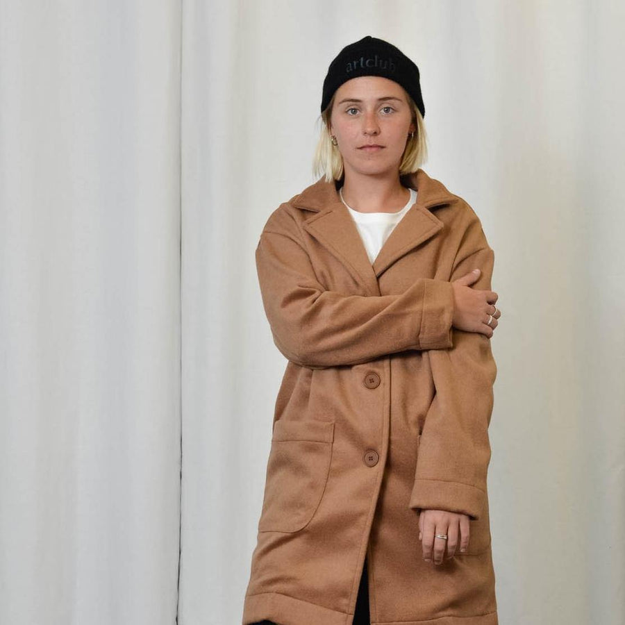Unisex Coat in Camel - Artclub and Friends