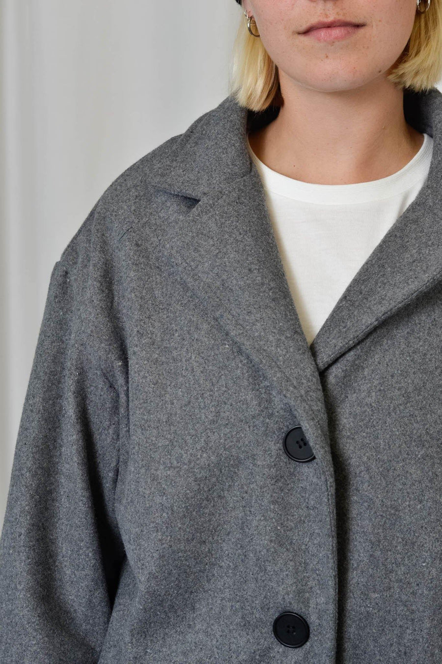 Unisex Coat in Grey - Artclub and Friends