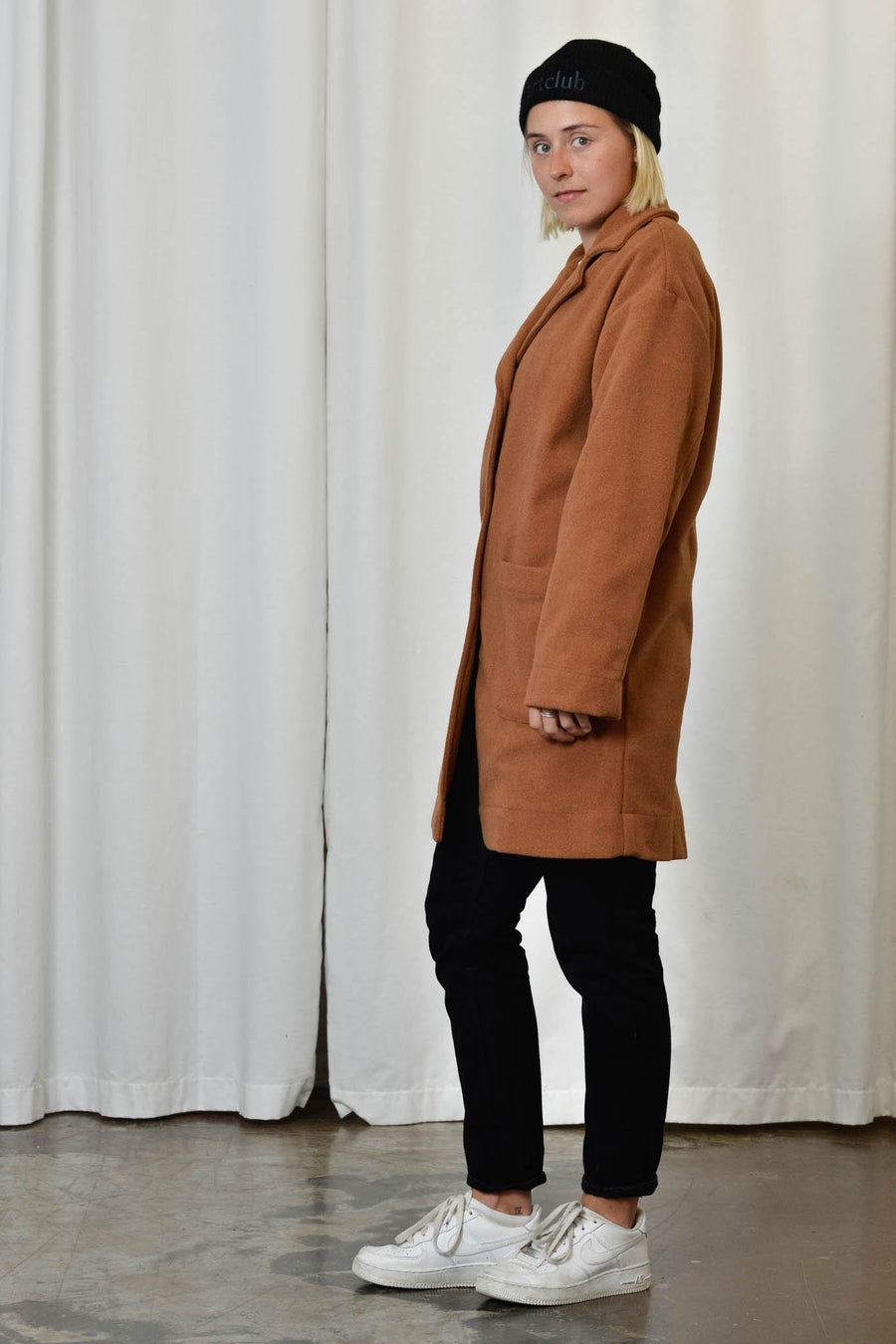 Unisex Coat in Terracotta - Artclub and Friends
