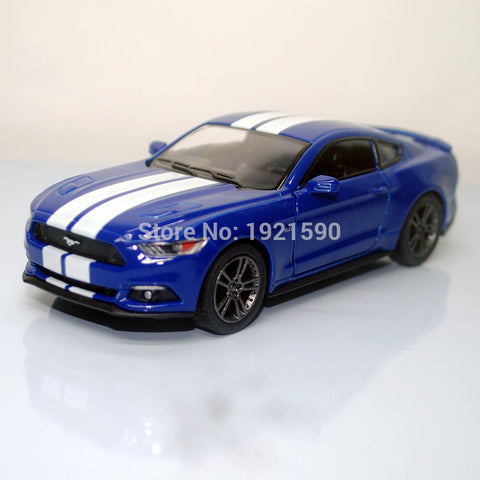 Brand New KT 1/38 Scale USA 2015 Ford Mustang GT