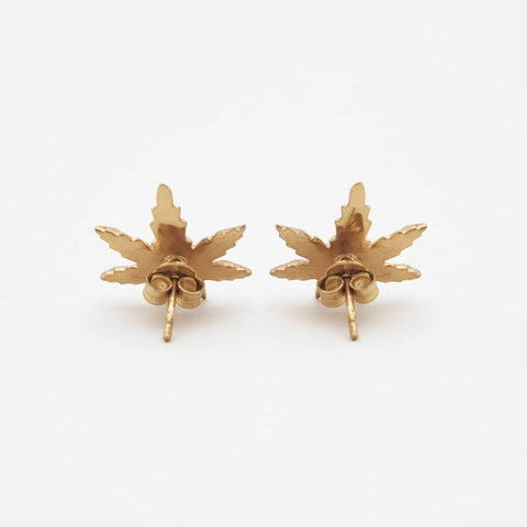 Savage faceted Studs