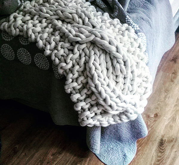 extreme knit, cable knit, chunky, bed runner, handmade, Australian, merino, wool