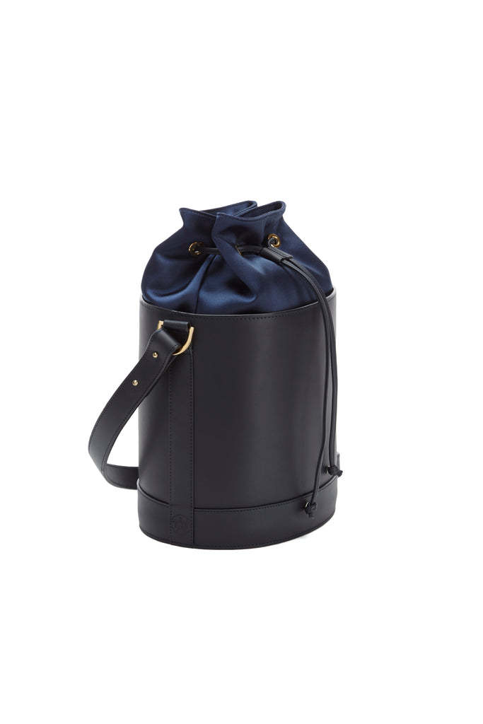 Bucket Bag in Navy