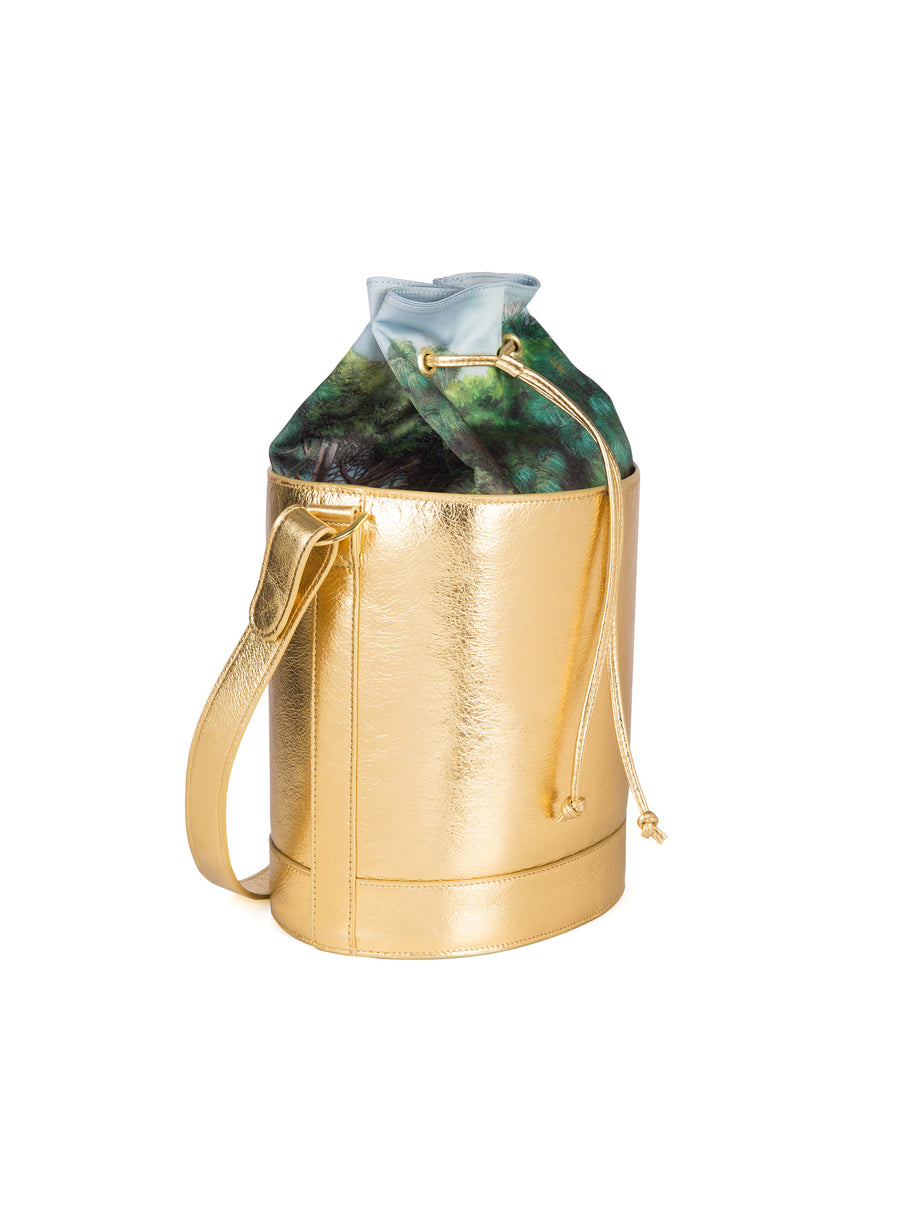 Bucket Bag in Gold