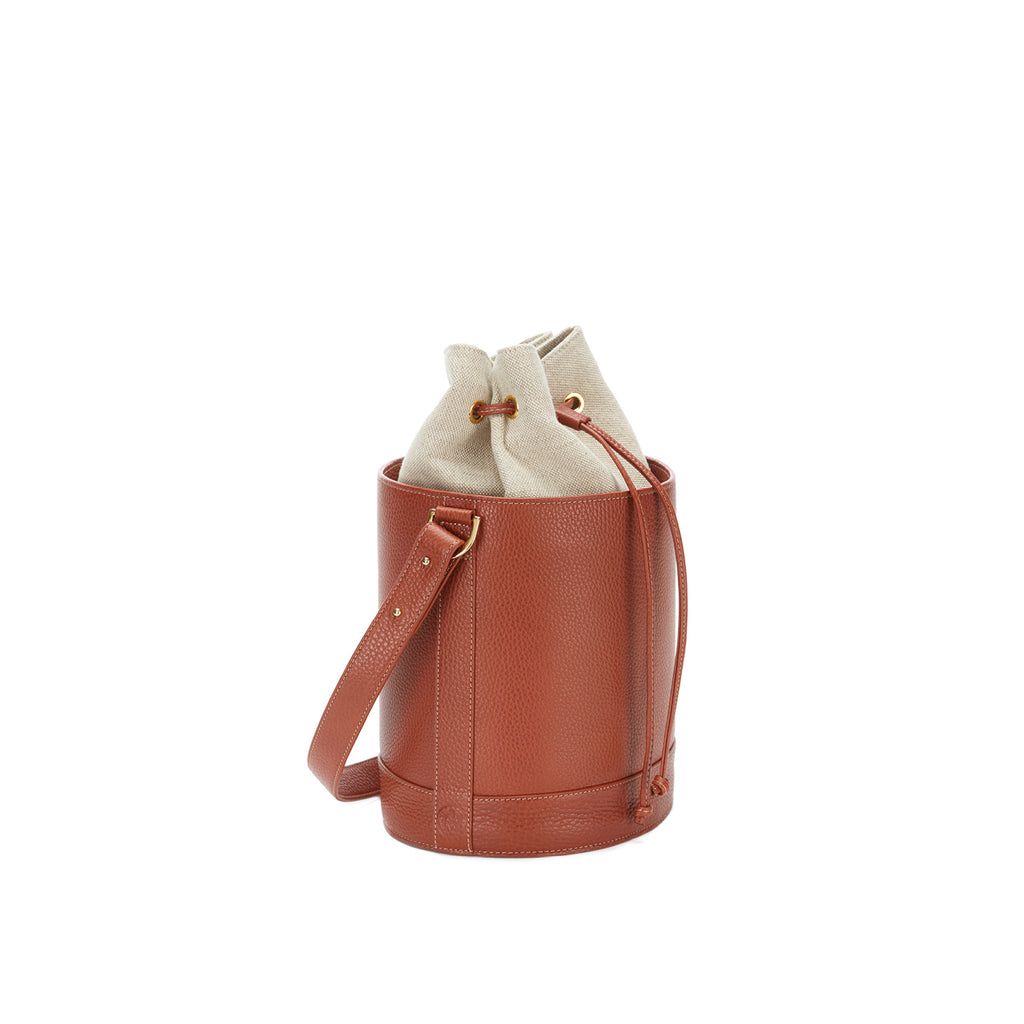 Bucket Bag in Cognac and Linen