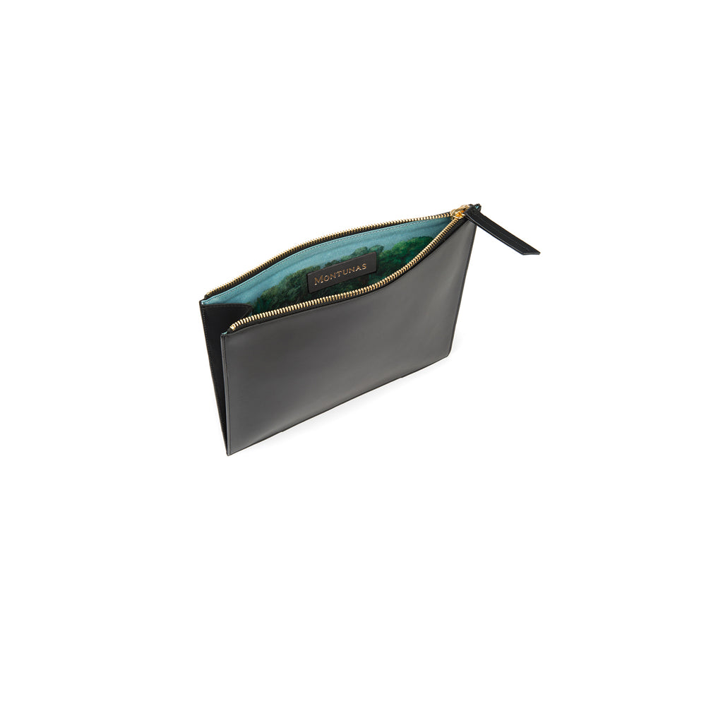 Pouch in Black and Montunas