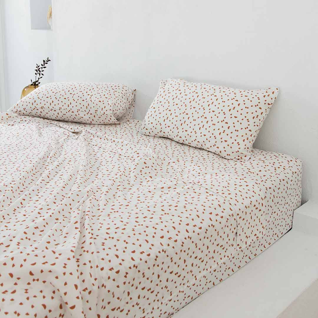 Solentra LTD ED Fitted Sheet - Catalina