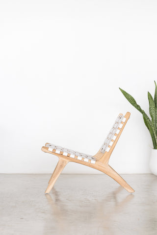 Bali Statement Lounger White: Alternate View #2