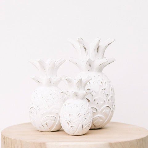 Wooden Pineapple Décor: Alternate View #1