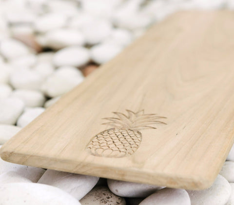 Wooden Pineapple Chopping Board: Alternate View #3