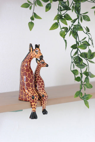 Shelfie Animal - Wooden Giraffe: Alternate View #5