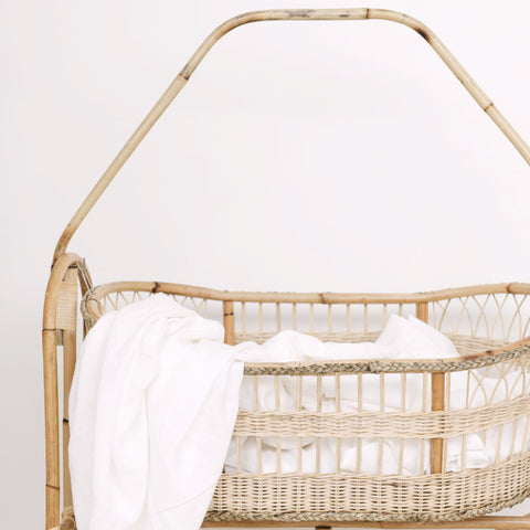 Bonnie Bali Baby Crib: Alternate View #2