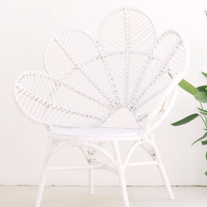 White Love Chair