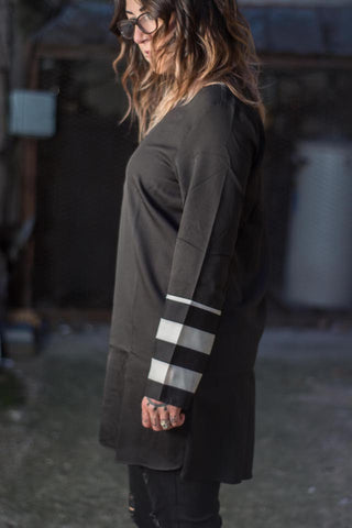 Long Sleeve B & W Shift Dress