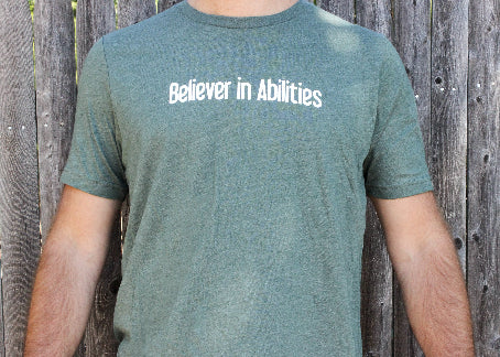 Believer in Abilities Lighthouse - Men's Crew Neck Short Sleeve T-Shirt-Heather Forest