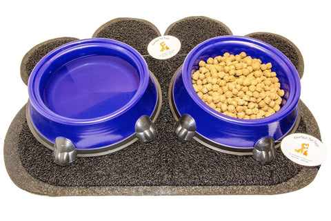 Anti-Slip Feeding Station w Plastic Bowls w Rubber Based Mat