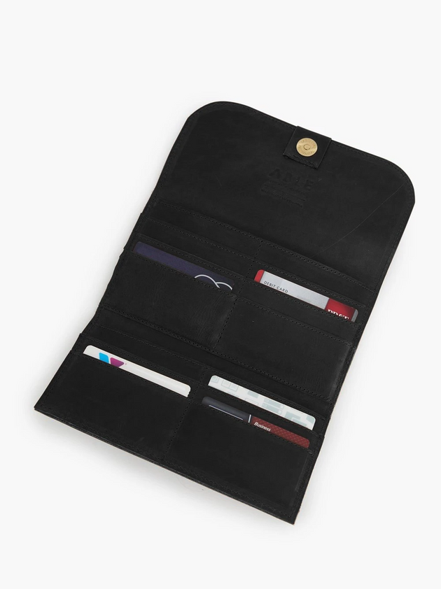 Kene Wallet in Black