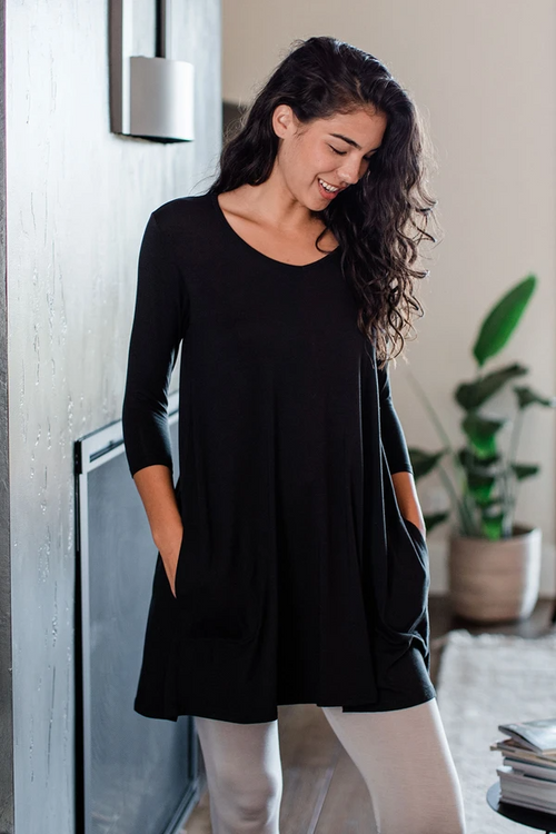 Leah 3/4 Sleeve Swing Dress in Black
