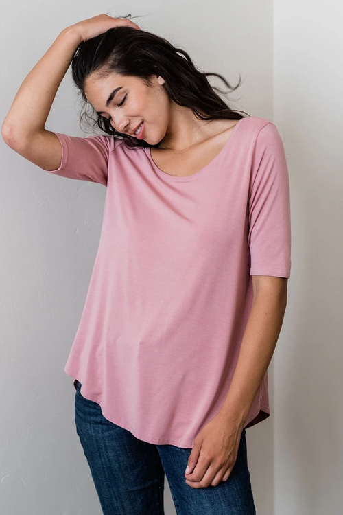 Sandy Relaxed Fit Scoop Neck Short Sleeve Top in Cameo Pink