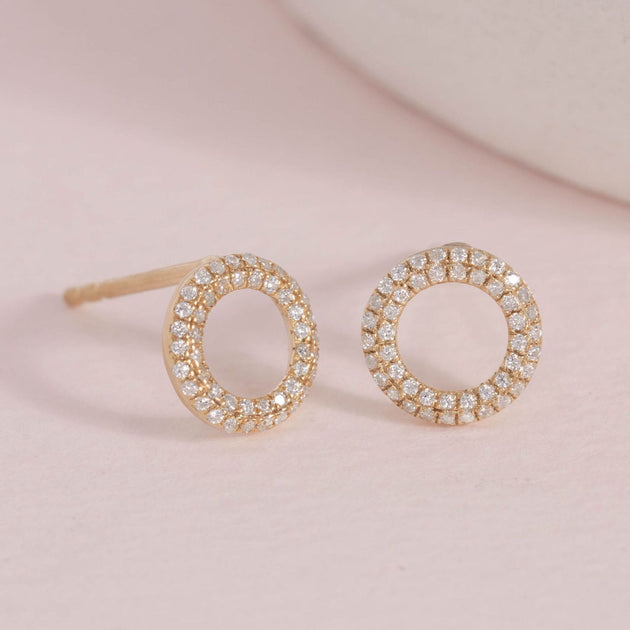 Sealed with a Kiss Studs in Gold