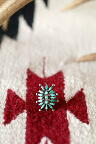 Vintage Needlepoint Cluster Ring - Cowgirl Relics