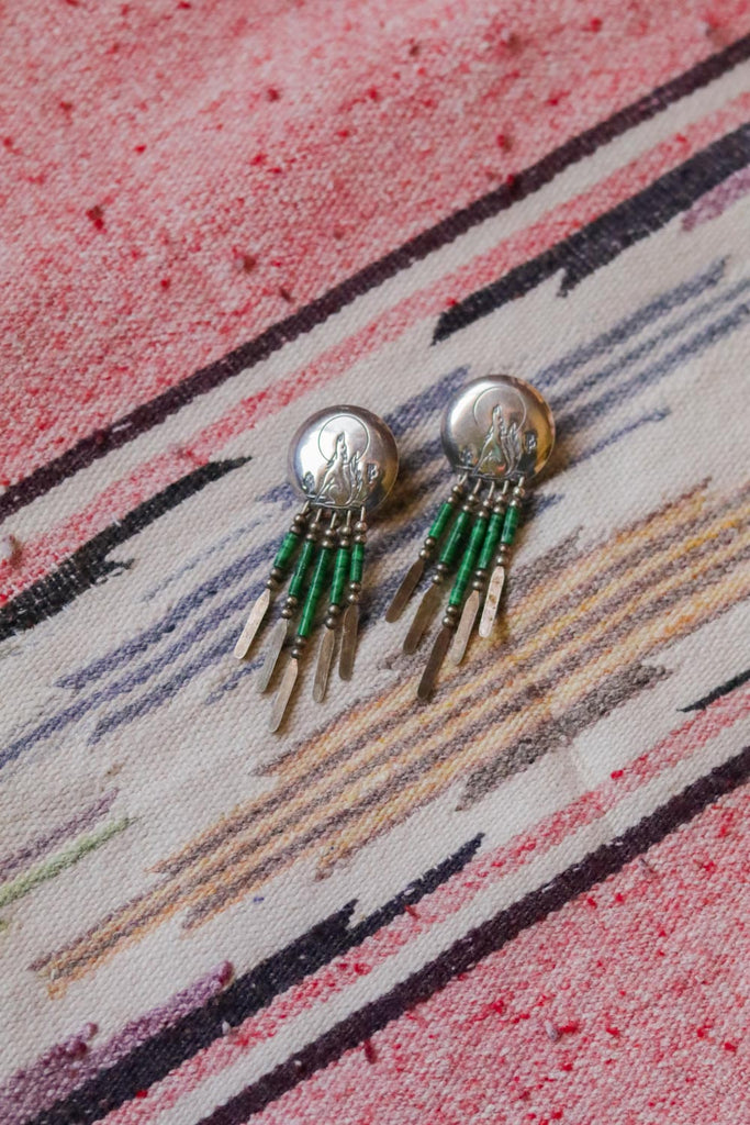 quoc qt sterling silver howling coyote green dangle earrings