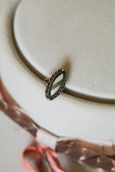 Vintage Southwest Mother of Pearl Inlay Ring