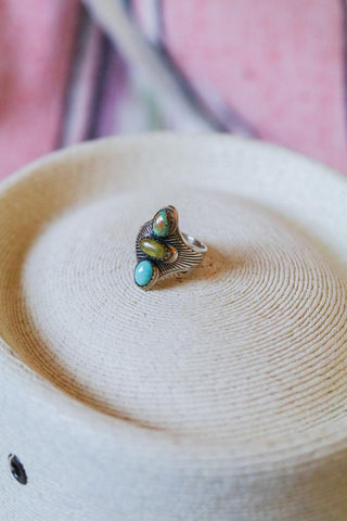newer vintage marked and artist signed southwest statement ring size 9
