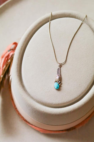 vintage southwest sterling silver and turquoise necklace