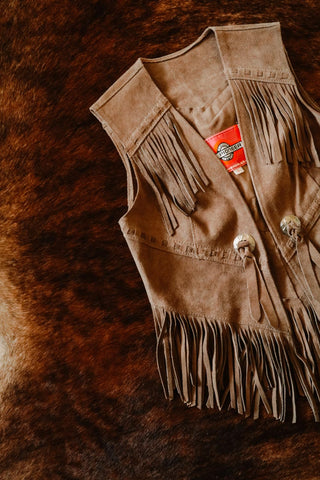 vintage tan suede leather ms pioneer pioneer wear western fringe boho hippie vest small