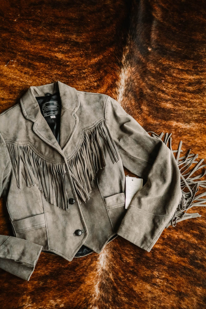 vintage pioneer wear gray leather fringe jacket