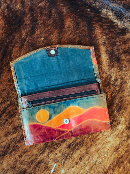 Vintage Southwest Cowgirl Leather Wallet Clutch