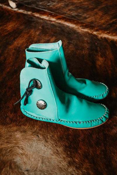 Vintage Turquoise Taos Moccasins - Cowgirl Relics