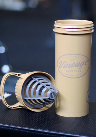 Vintage Cyclone Shaker Cup: 32 oz / 950 ml (Gold) - Vintage Genetics