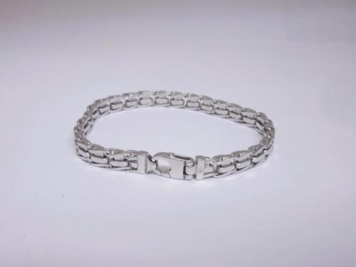 9ct Unisex White Gold Fancy Heavy Bracelet 7.5 inches 21.9 Grams - Richard Miles Jewellers