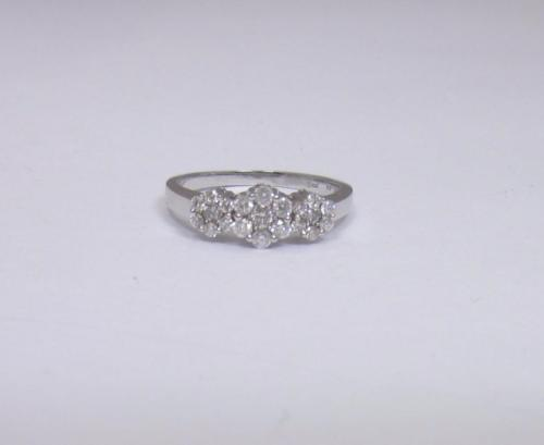 9ct White Gold Ladies Diamond Cluster Ring Size M   Weight 2.3g - Richard Miles Jewellers