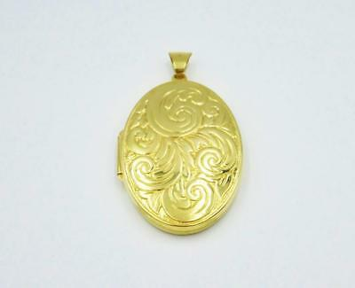 9ct Yellow Gold Engine Turned Floral Locket 6.3g 38.15mm - Richard Miles Jewellers
