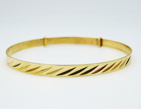 9ct Yellow Gold Children's Patterned Expandable Bangle 2.8g 4.5inch 5.5 inch - Richard Miles Jewellers
