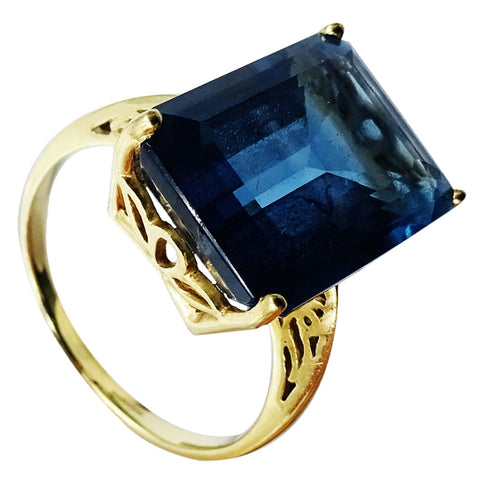 9ct Yellow Gold 375 Hall Marked Blue Rectangular Stone Ladies Ring Size R 5.5g