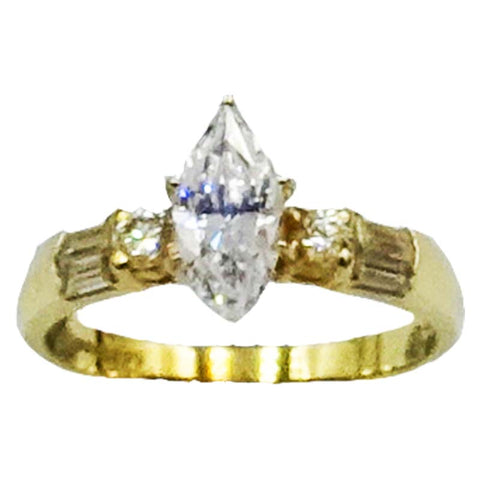 9ct 375 Hall Marked Yellow Gold Cubic Zirconia Claw Set Dress Ring Size P 3g