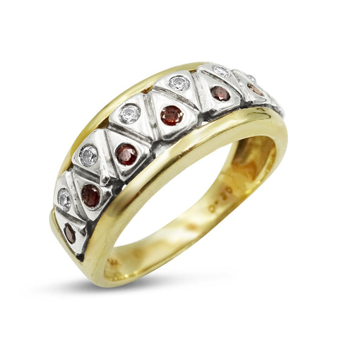 14ct Gold Diamond  Geometric Patterned Ring Size P