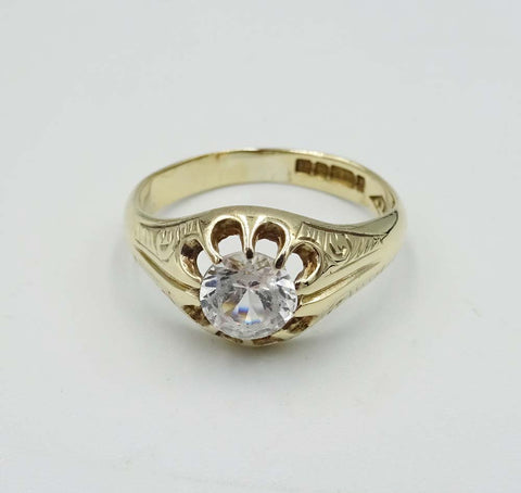 9ct Yellow Gold Gypsy Ring with Clear Stone Size Q