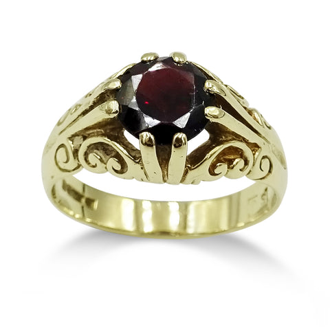 9ct Yellow Gold Garnet Ring Size R 1/2